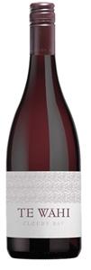 Cloudy Bay `Te Wahi` Pinot Noir 2012 (6