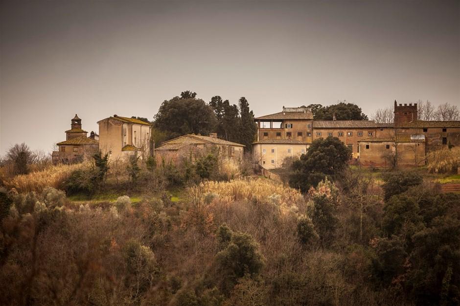 Borgo Saletta Vino Rosso Toscano IGT Vertical Pack (6 x 750mL) 8