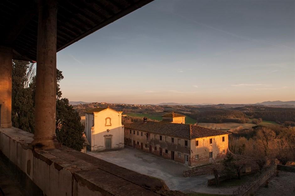 Borgo Saletta Vino Rosso Toscano IGT Vertical Pack (6 x 750mL) 2