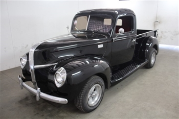 1941 Ford Pickup RWD Automatic Ute, 18,585 miles indicated