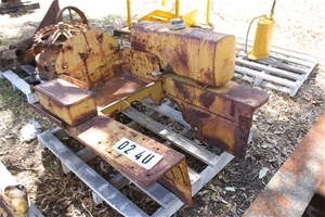 Pallet of Caterpillar D2 4U Parts