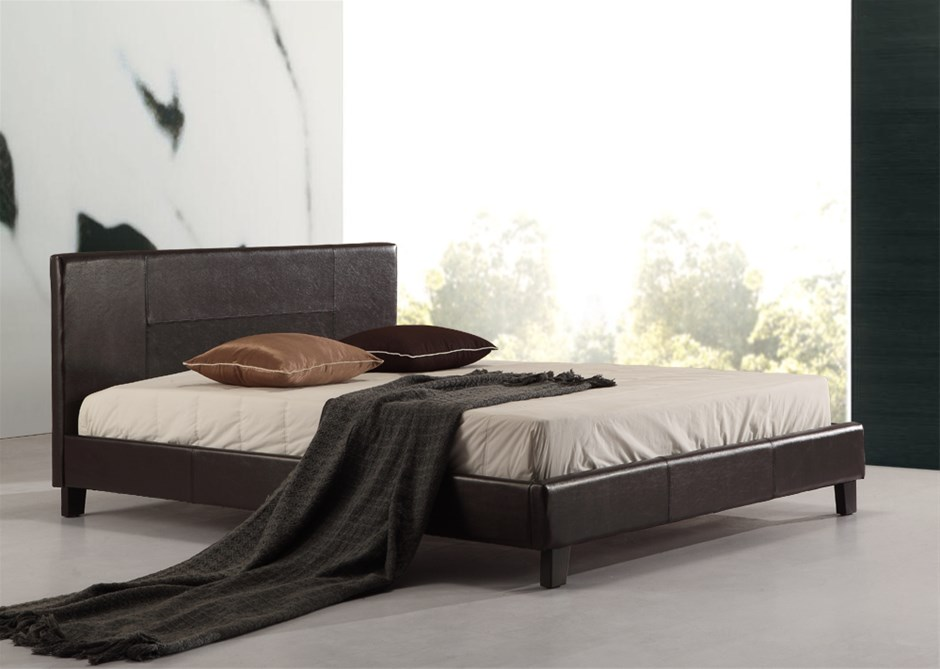 black leather look queen bed - 11 products | Graysonline