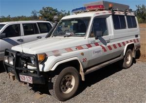 3df5159bb2ddf8 1993 (09) Toyota Landcruiser Troop Carrier Ambulance Auction (0003 ...