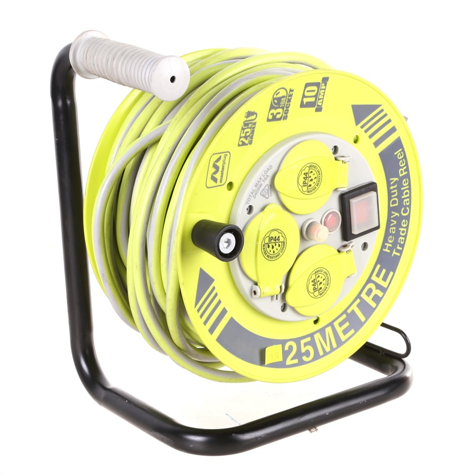 MASTERPLUG 25M Heavy Duty TradeCable Reel, 3 10A Sockets, Total Max Load 24