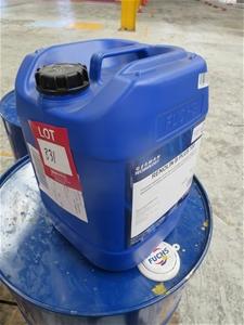 4 x Fuchs 20 Litre Renolin B Plus 100 Hydraulic Oil