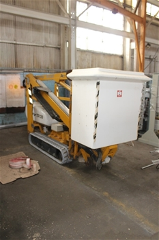Tract Drive Knuckle Boom Lift