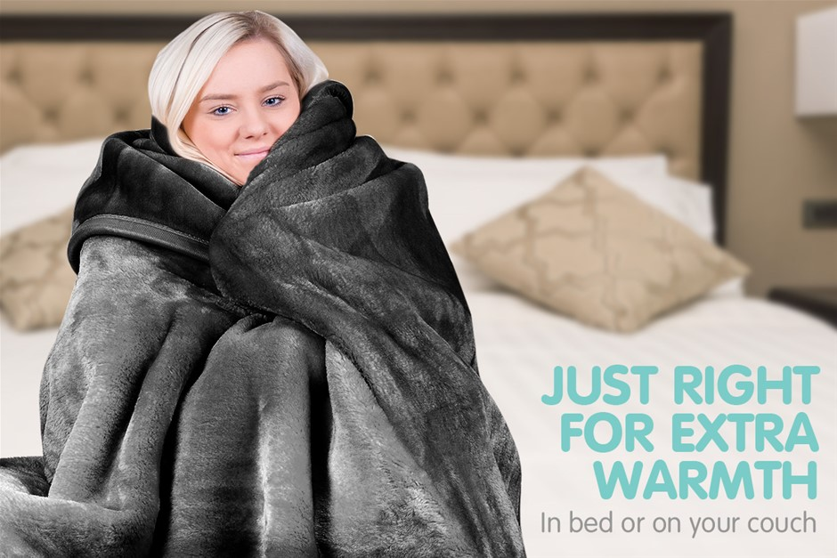800GSM Heavy Double-Sided Faux Mink Blanket - Black