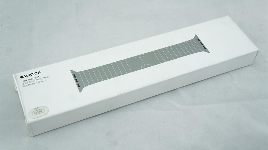 Apple 42-mm Silver Link Bracelet for Apple Watch (MJ5J2FE/A)