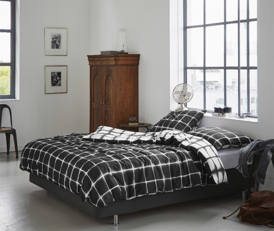 Printed Quilt Cover Set Black/White Check - QUEEN