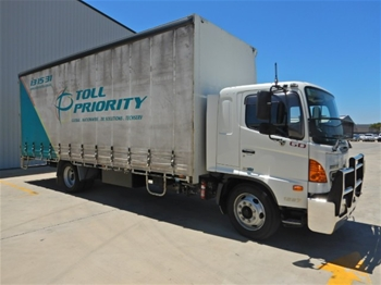 2008 Hino 500 Series 1227GD 4x2 Curtainsider Rigid Truck