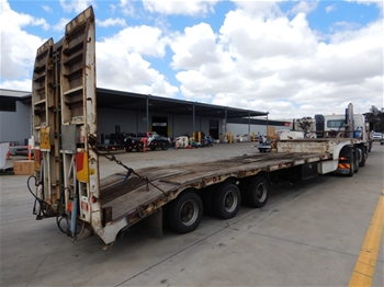 Triaxle Drop Deck With Beavertail