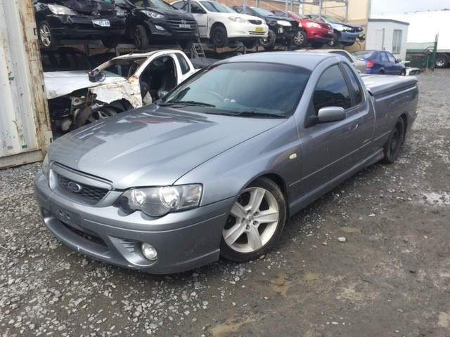 2006 Ford Falcon XR8 Magnet Manual - 6 Speed UTE (WOVR+Inspected)