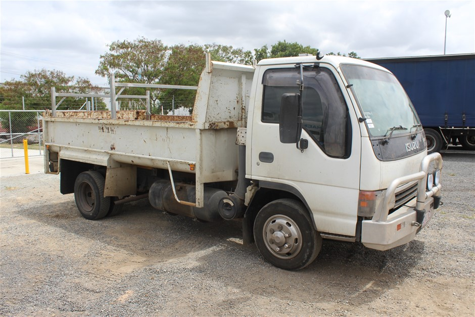 2005 Isuzu NPR N3 NP 4 x 2 Tipper Truck Auction (0010