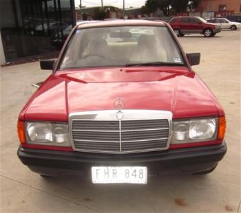 1984 mercedes benz 190e 4 door sedan wdb2010242f044059 for 1984 mercedes benz 190e