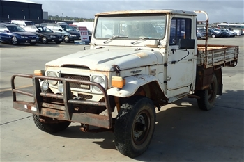 Unreserved 1982 Toyota Landcruiser 4WD Manual Cab Chassis