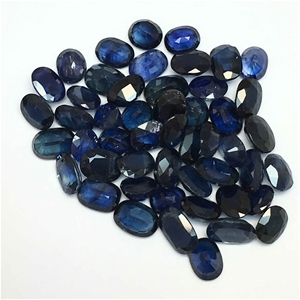 Fifty Loose Oval shaped Blue Sapphires 1