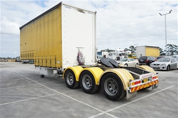2016 Krueger ST-3-38 Triaxle Curtainside B Section Trailer