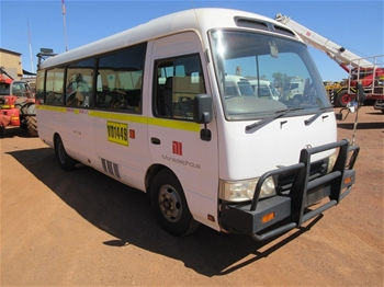 2008 Toyota Coaster RWD Manual 20 Seater Bus
