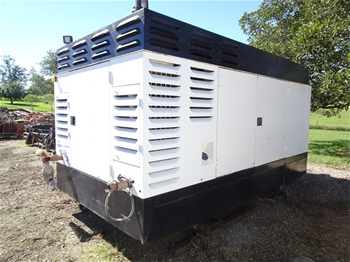 900 CFM Air Compressor