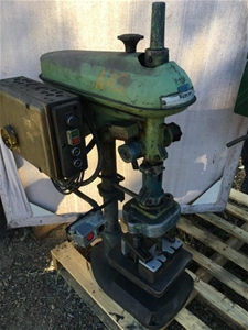 Waldown Bench Drill With Quad (4) Chuck
