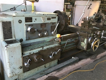 Stanko IM63 lathe with Chucks