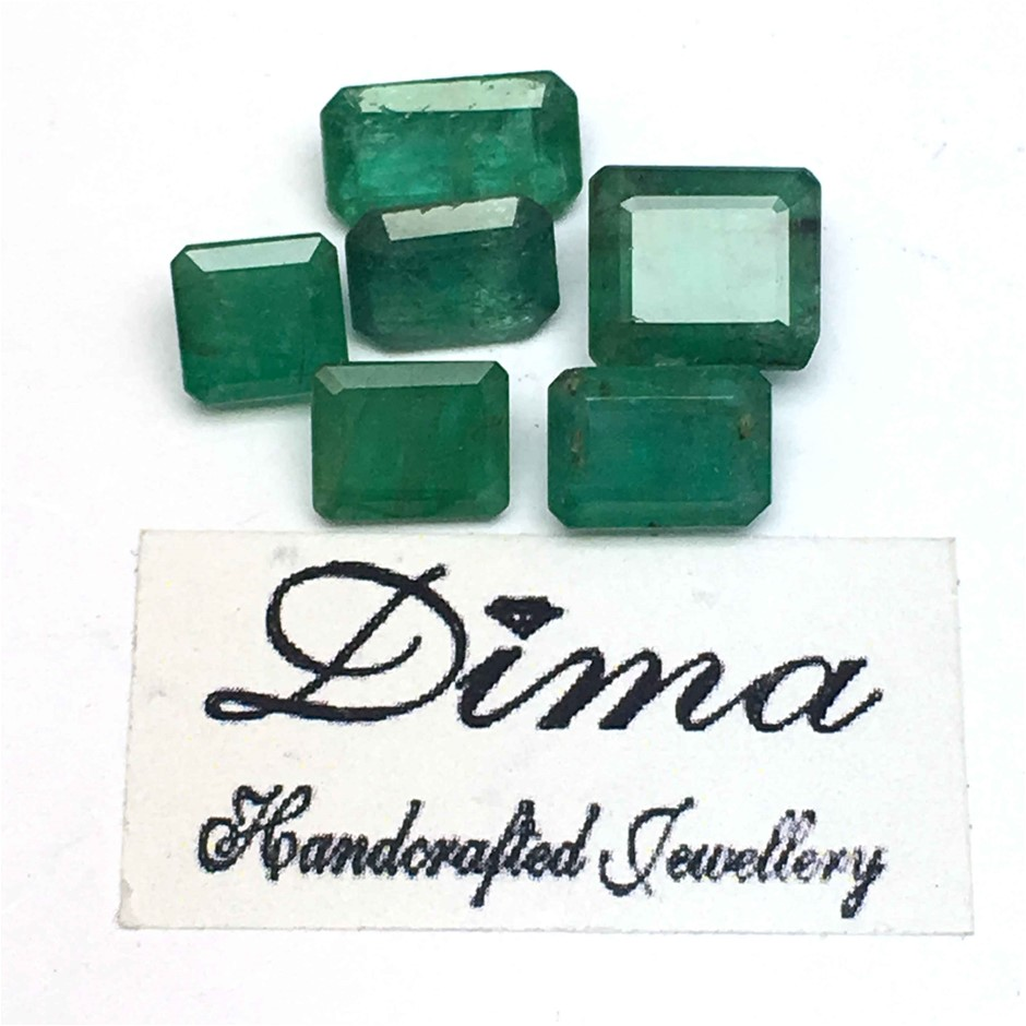 Six Loose Emerald 10.44ct in Total