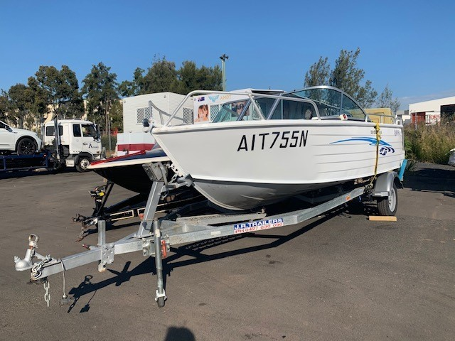 2014 510 Cruiser Bowrider with Yamaha F70 4 Stroke - 70L built in tank