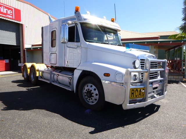 2008 Freightliner CST120 Prime Mover