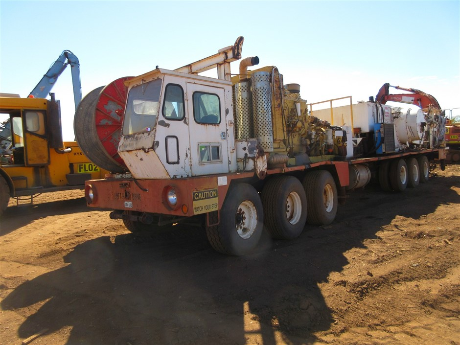 Cooper LTO750 Drill Rig Service Truck