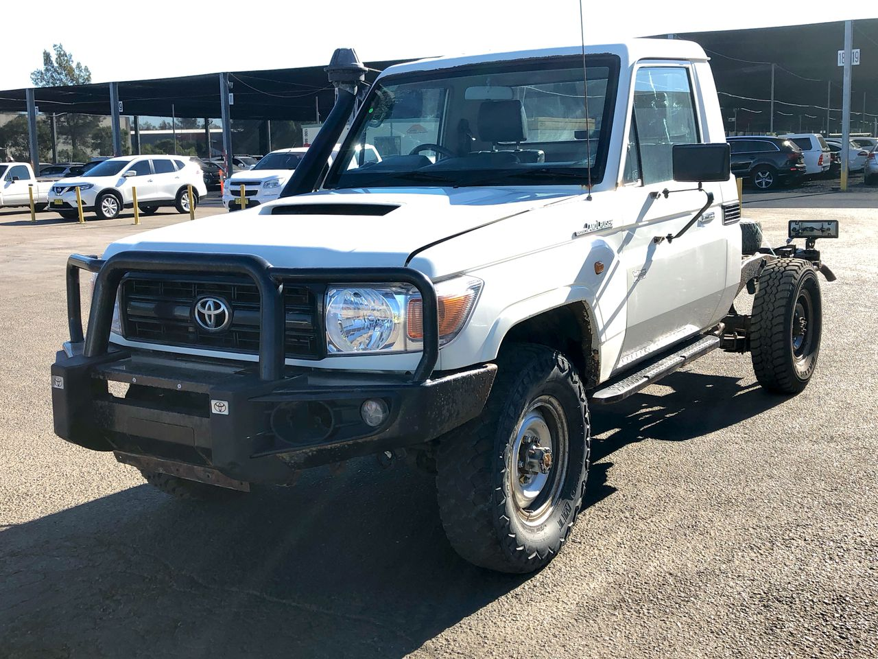 2015 Toyota Landcruiser Workmate (4x4) T/Diesel Manual Cab Chassis