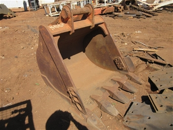 2x Buckets to Suit 35T Hitatchi Excavator