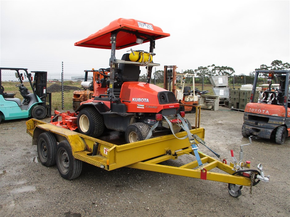 Kubota F3680 Tractor Mower with Slasher