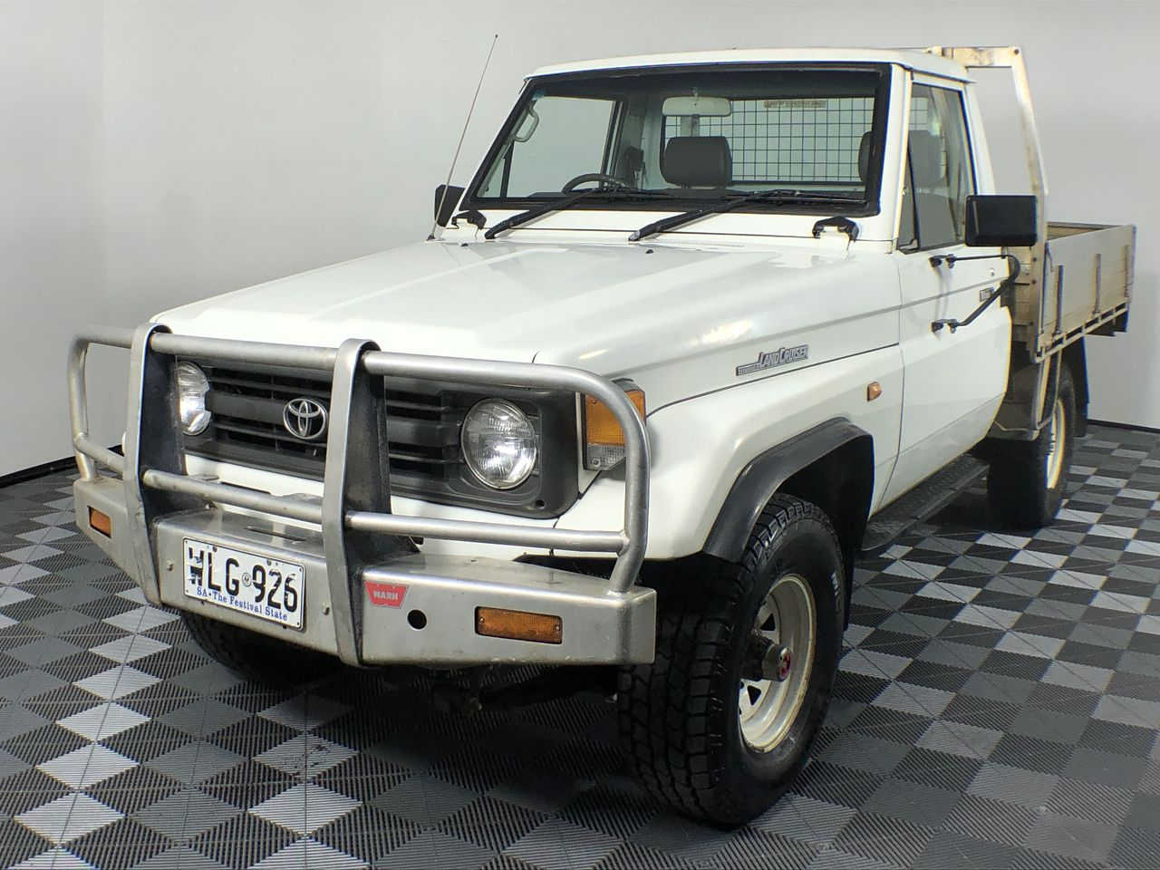 1997 Toyota Landcruiser (4x4) Manual Cab Chassis