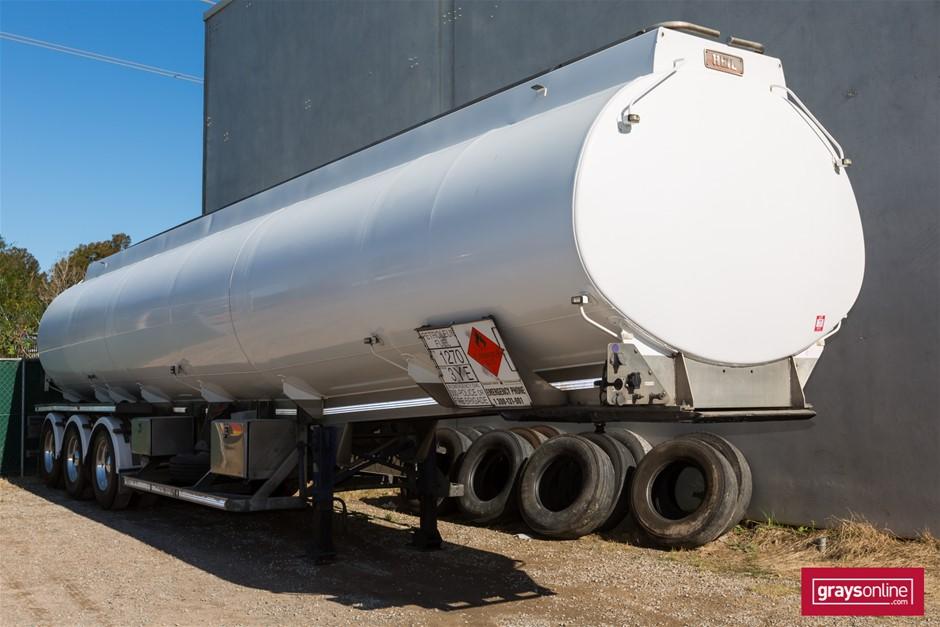 09/2009 Triaxle Alloy Fuel Tanker Trailer