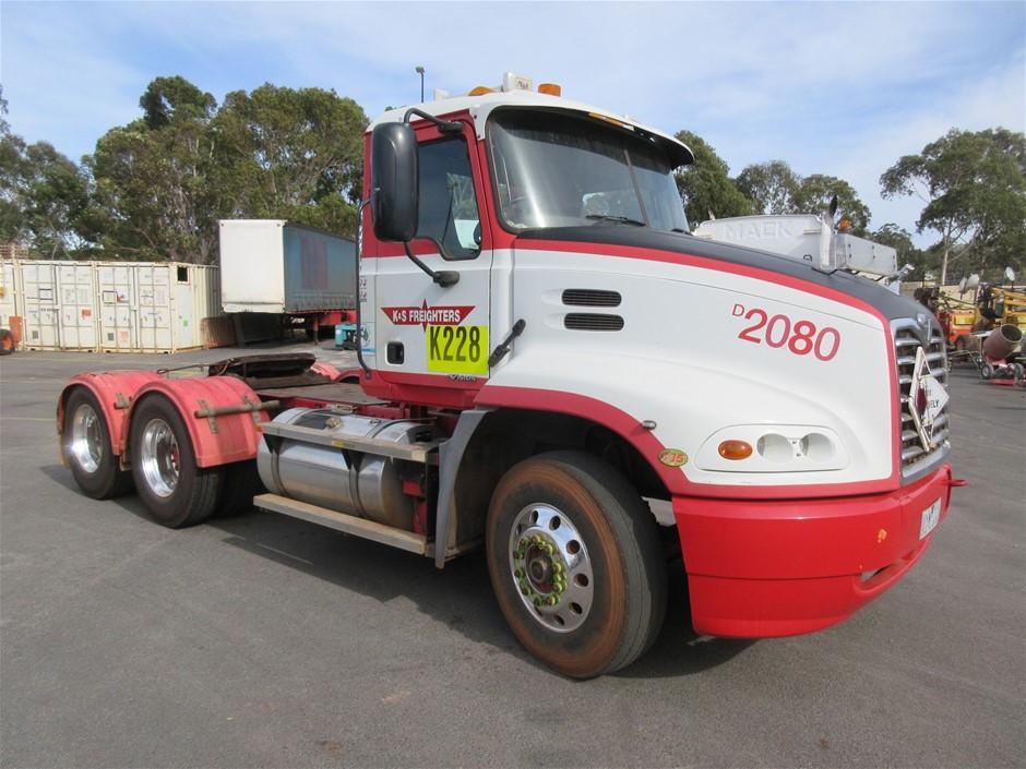 2007 Mack CX 6 x 4 Prime Mover Truck