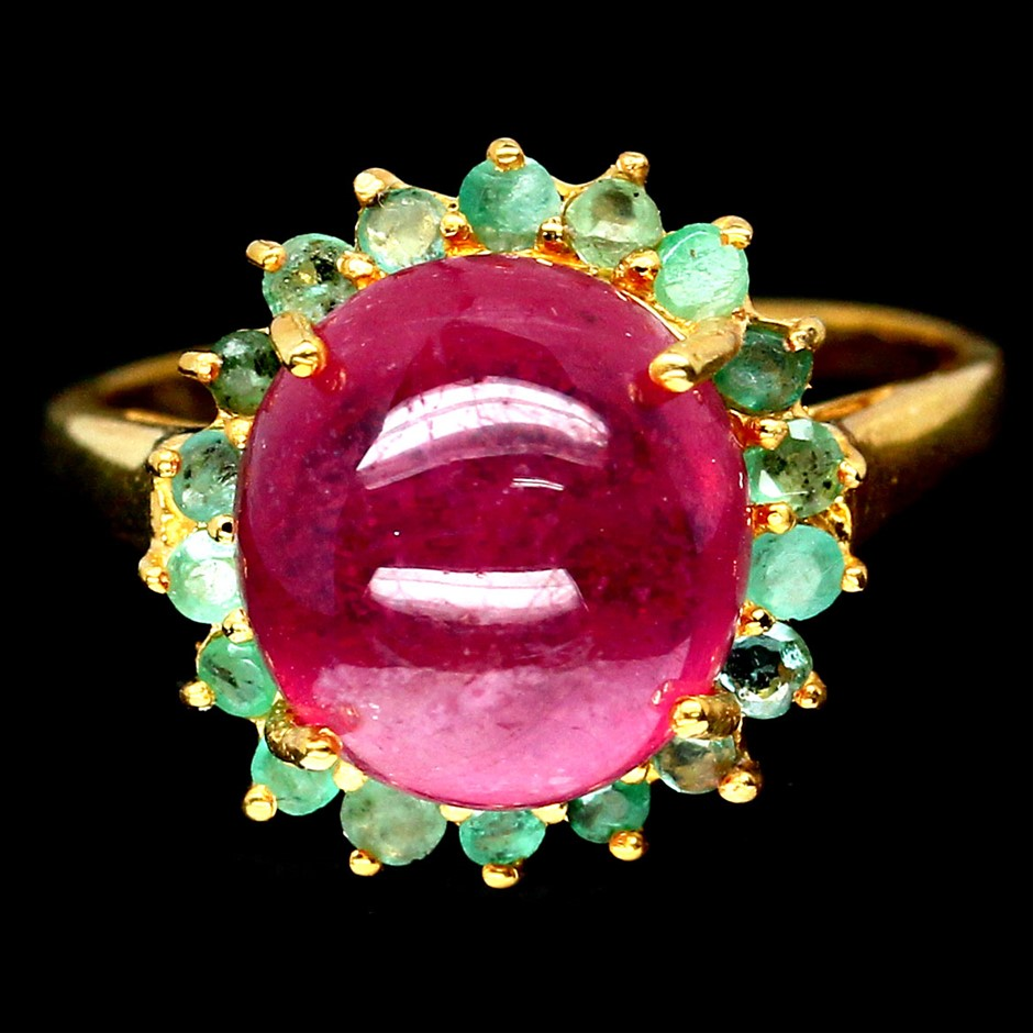 Spectacular Genuine Ruby & Emerald Ring.