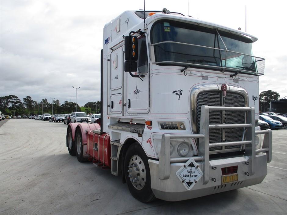 2014 Kenworth K200 Series Prime Mover Truck