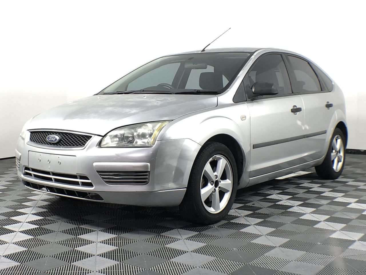 2005 Ford Focus CL LS Manual Hatchback (WOVR-REPAIRABLE)