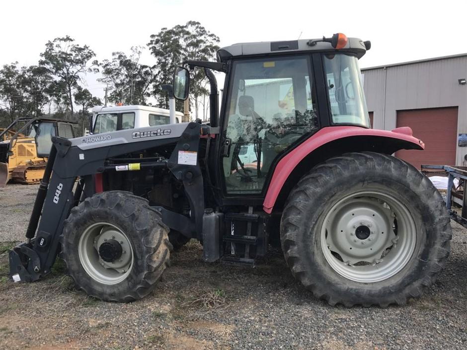 Massie Ferguson 6460 Tractor Loader 4x4