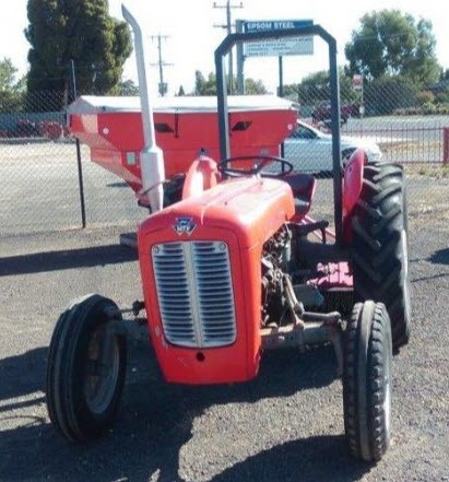 1970 Massey Ferguson MF35 Tractor