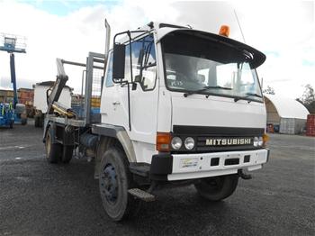 1992 Mitsubishi F6 4 x 2 Skip Bin Truck