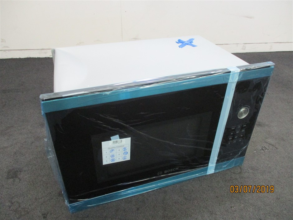 Bosch HMT84G654A 900W Microwave Oven