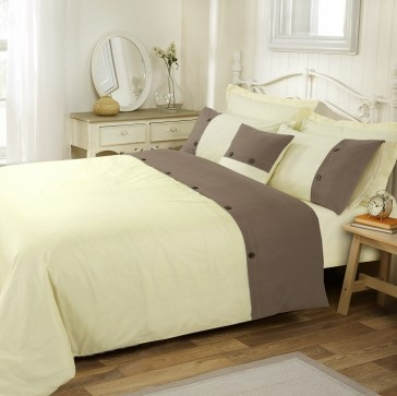 Amal Double Bed Quilt Cover Set by Anfora