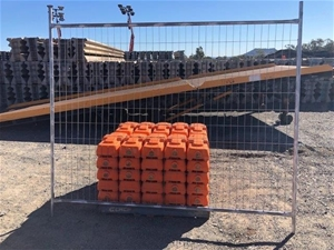 Qty of 50 x Temporary Fence Panels