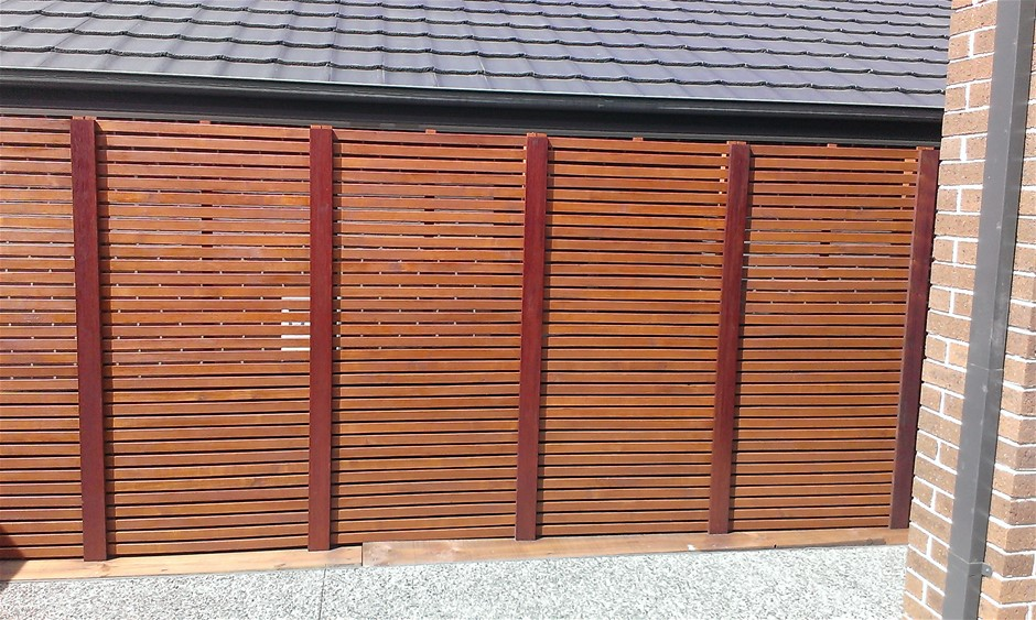 2 x 1800 X 900 Merbau type- hardwood screens (Pooraka, SA)