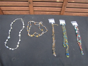 Approximate 50 Assorted Ladies Necklaces