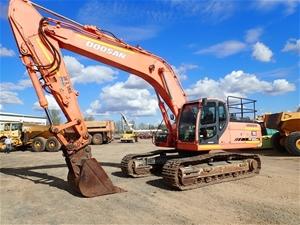 2006 Doosan DX300LC Excavator