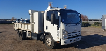 2009 Isuzu NHNQR Euro IV 4x2 Tipper Truck