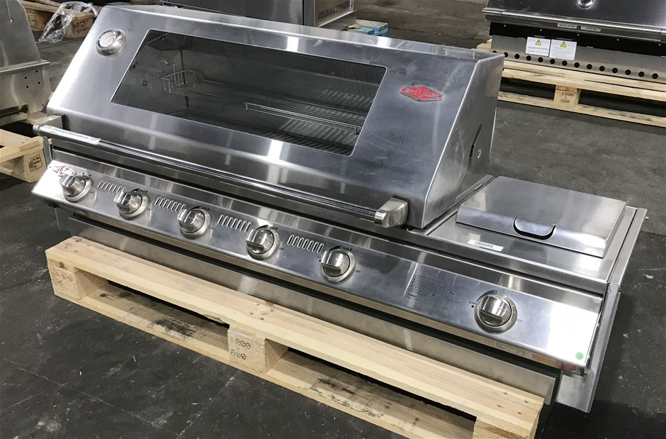 BeefEater BS31560 Signature SL4000 5 Burner Built-in Gas BBQ