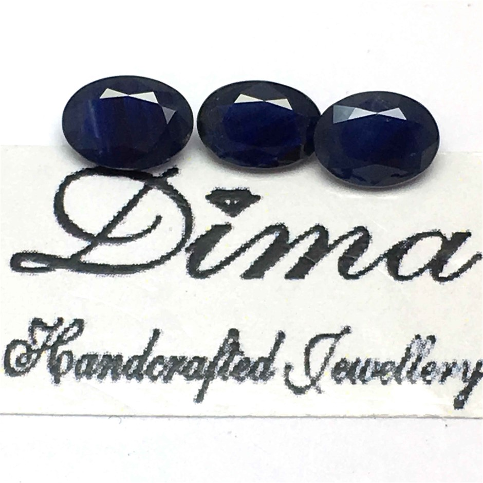 Three Stones Blue Sapphire 2.22ct in Total